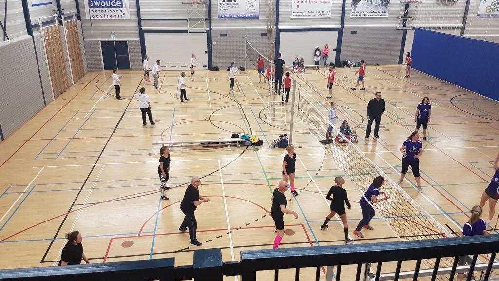 Gemeentelijk volleybaltoernooi sportcentrum de Hullen