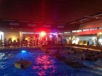 Discozwemmen zwembad de Hullen